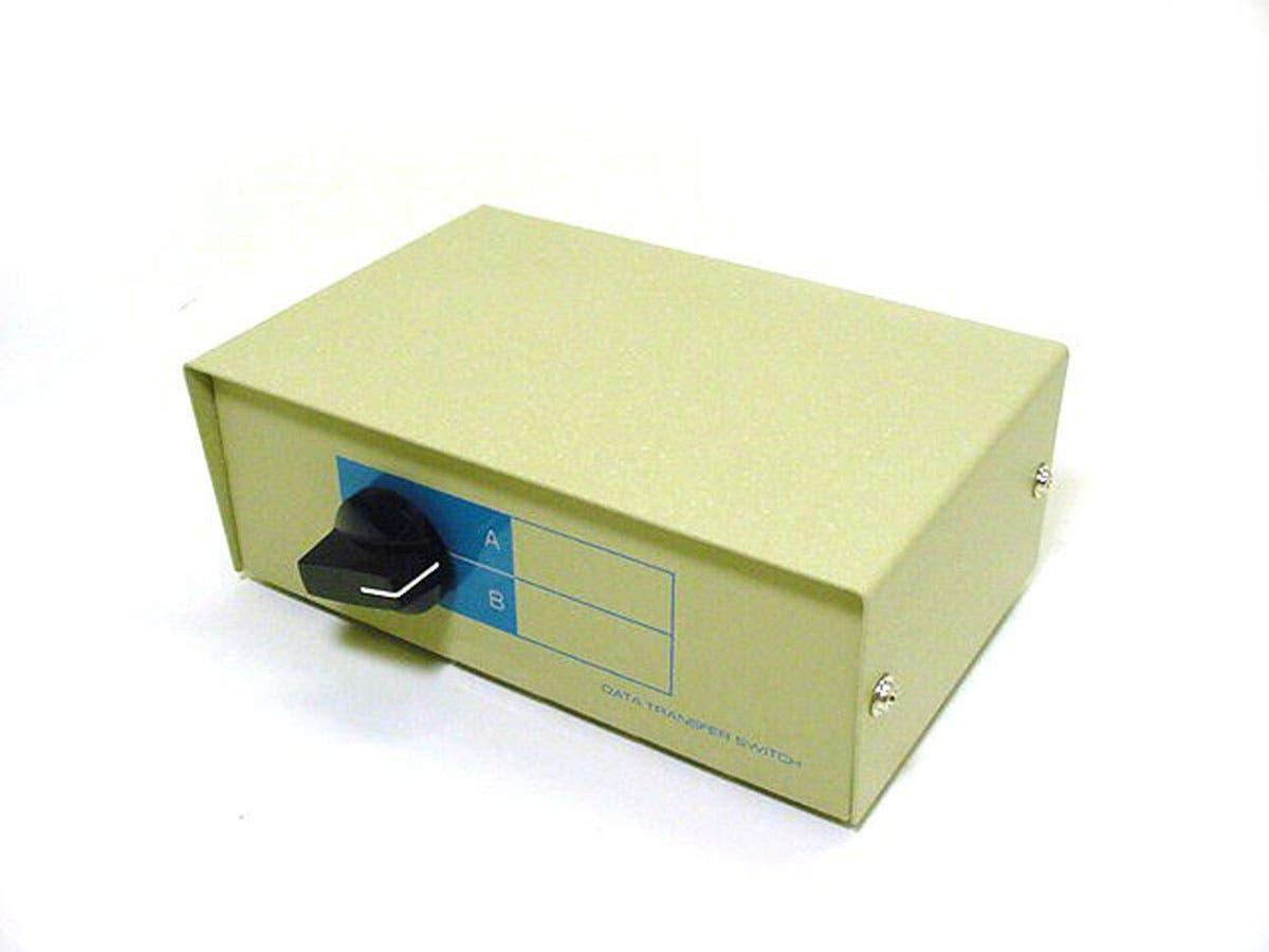 Monoprice DB25, AB 2 Way Switch Box-Large-Image-1