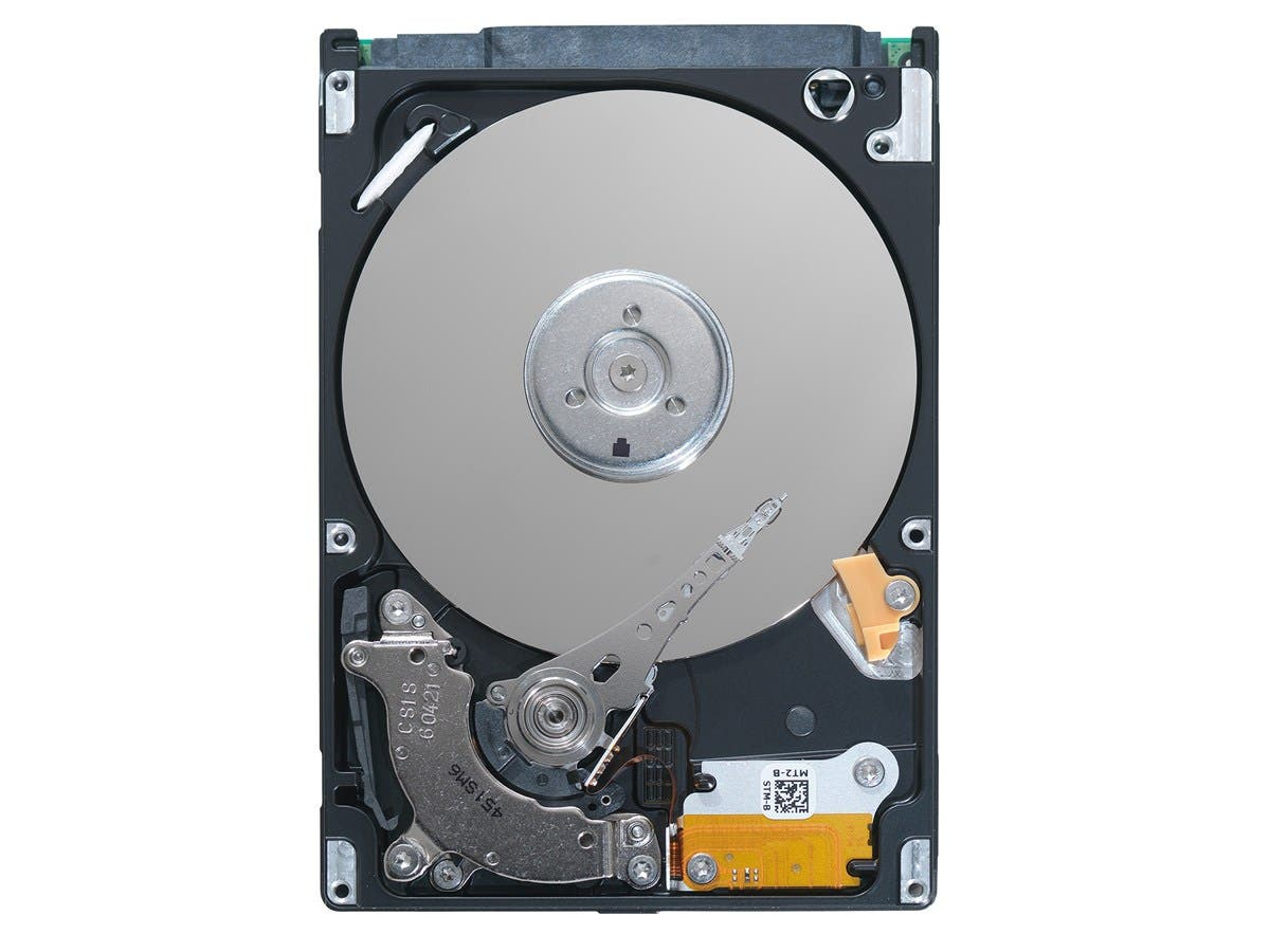 "Seagate Momentus ST905003N1A1AS-RK 500 GB 2.5"" Internal Hard Drive - SATA - 5400rpm - 8 MB Buffer - Retail"