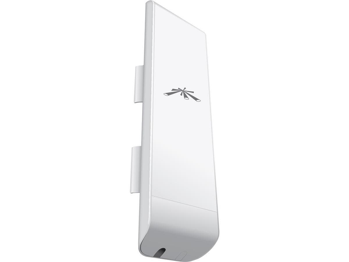 Ubiquiti NanoStation NSM365 IEEE 802.11n 150 Mbit/s Wireless Bridge - 3.65 GHz - 2 x Network (RJ-45) - Pole-mountable