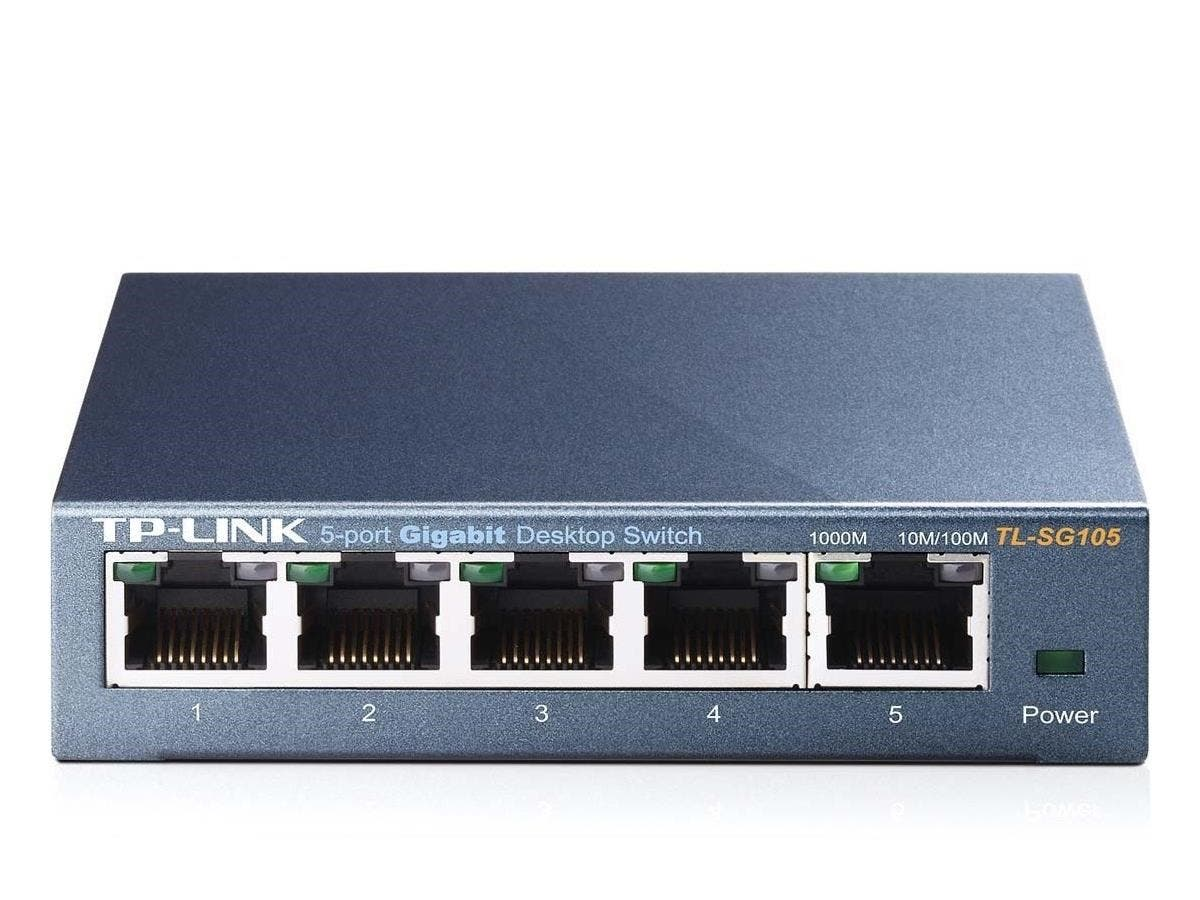 TP-LINK TL-SG105 5-Port 10/100/1000Mbps Desktop Gigabit Steel Cased Switch, IEEE 802.1p QoS, Up to 65% Power Saving - 5 Ports - 10/100/1000Base-T - Desktop-Large-Image-1