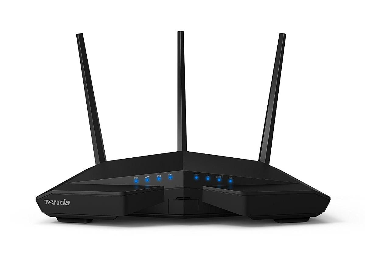 Tenda AC18 AC1900 Smart Dual-Band Gigabit WiFi Router - 2.40 GHz ISM Band - 5 GHz UNII Band(3 x External) - 1900 Mbit/s Wireless Speed - 4 x Network Port - 1 x Broadband Port -Large-Image-1