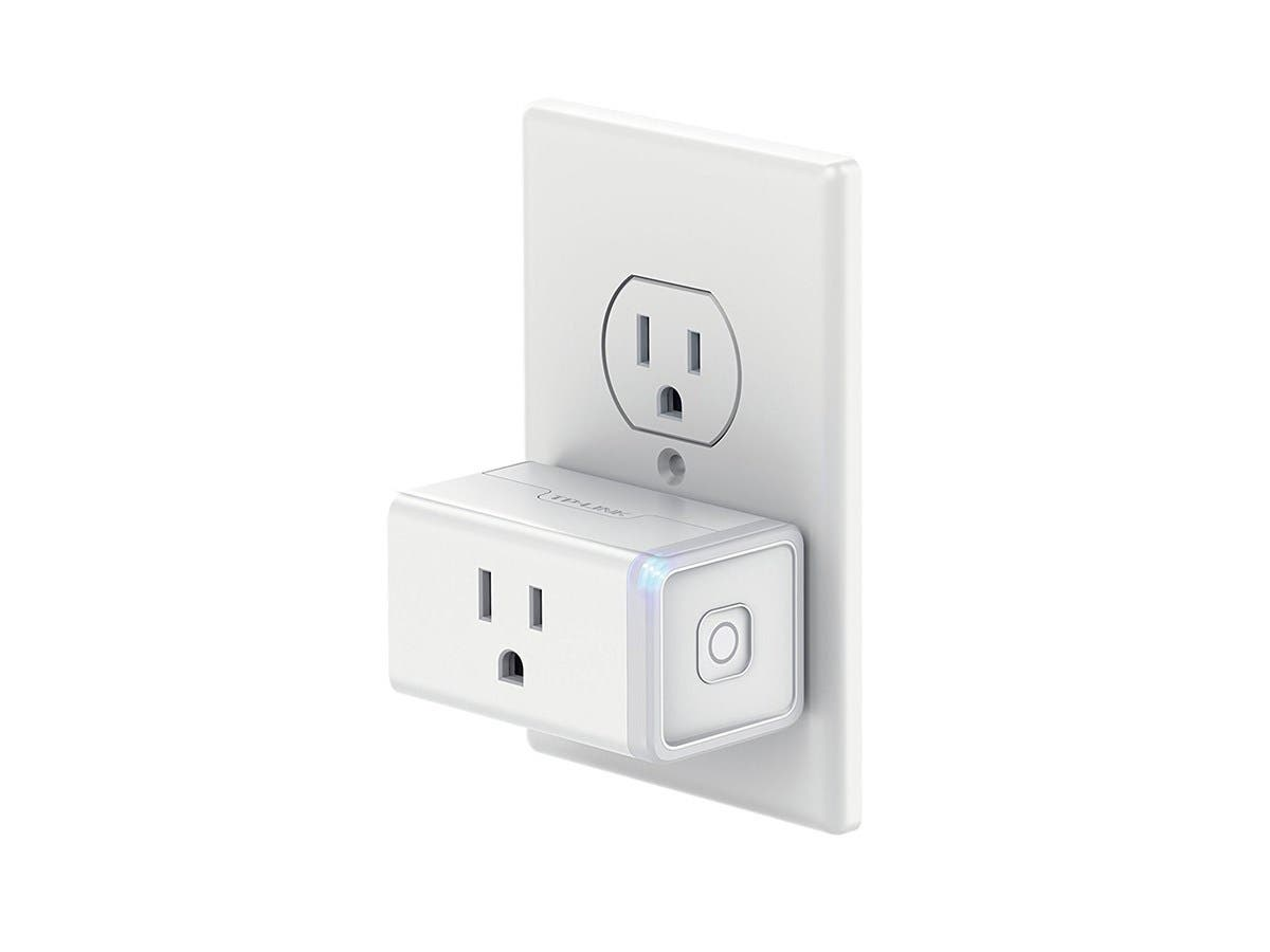 TP-Link Smart Plug Mini, No Hub Required, Wi-Fi - Control your Devices from Anywhere, Occupies Only One Socket (HS105) -Large-Image-1