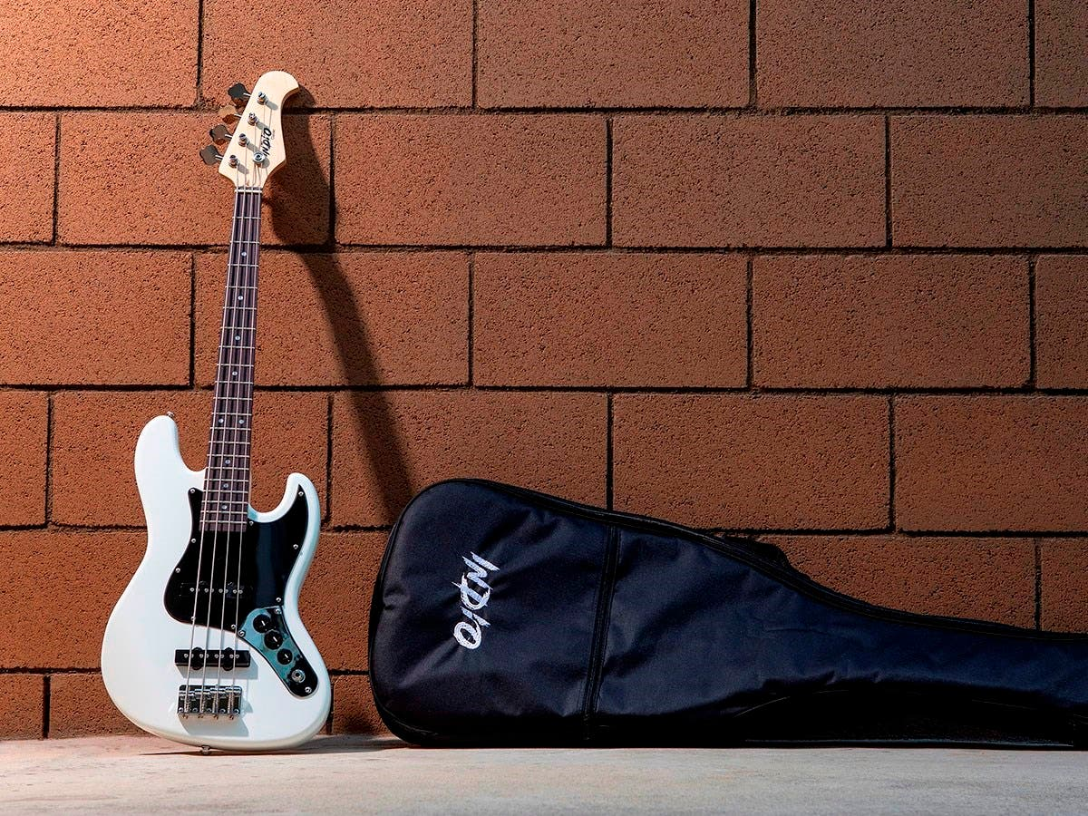monoprice indio mini jamm electric bass with gig bag white open box. Black Bedroom Furniture Sets. Home Design Ideas