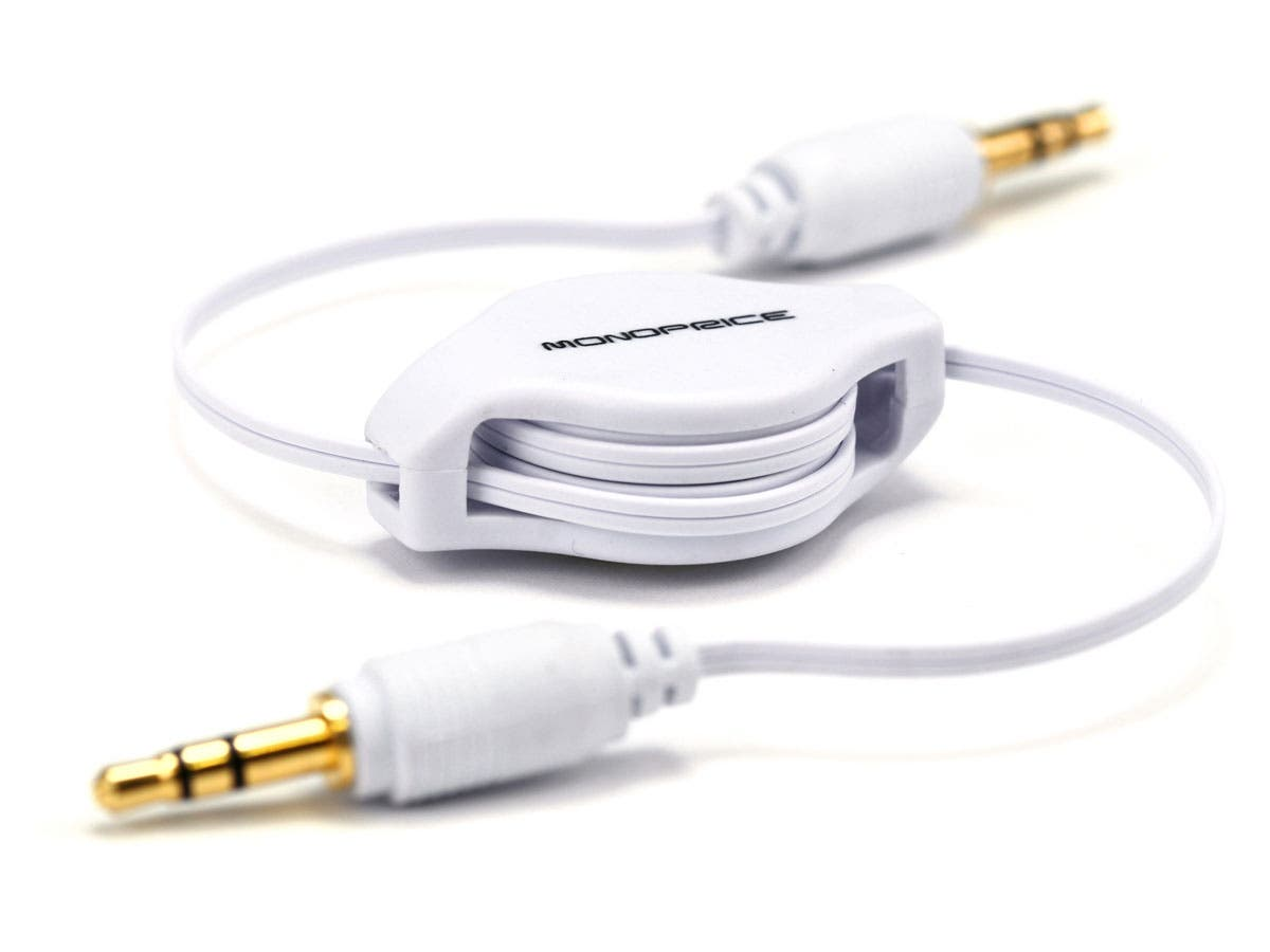 2.5ft Retractable 3.5mm Audio Cable - White