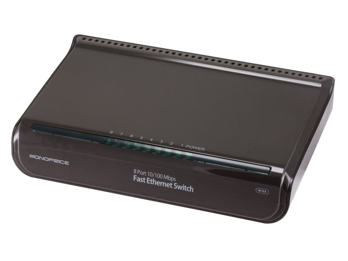 Monoprice 8-Port 10//100 Mbps Fast Ethernet Switch