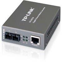 "TP-LINK MC200CM Gigabit Media Converter, 1000Mbps RJ45 to 1000M multi-mode SC fiber, up to 550m/1800ft, chassis mountable - 1 x Network (RJ-45) - 1000Base-T, 1000Base-FX - External"""